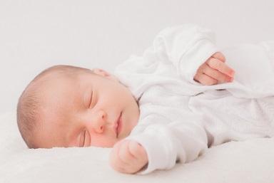 赤ちゃんに枕は必要?使わないと頭の形が悪くなる?